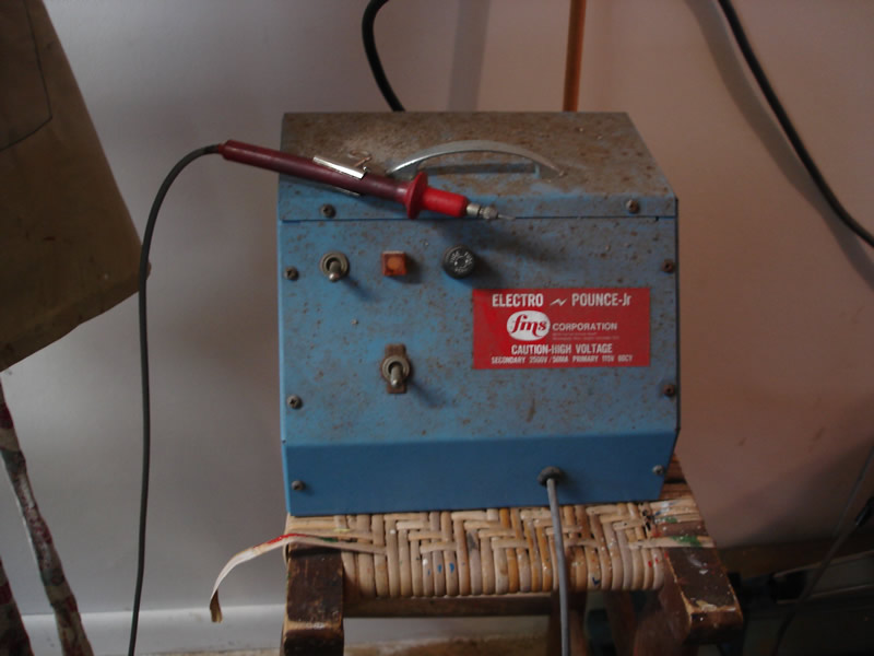 electro pounce machine